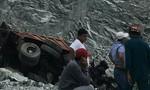 Tài xế xe ben tử vong thương tâm trong mỏ đá Tân Đông Hiệp