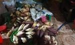 Lại phát hiện ngó sen, chuối bào ngâm hóa chất ở Sài Gòn