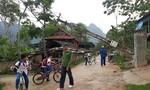 Lốc xoáy làm 16 ngôi nhà tốc mái, cột điện đổ ngổn ngang