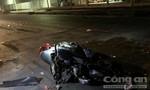 Hai xe Exciter nghi đua tốc độ tông chết người mẹ trẻ đơn thân