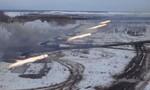 Màn diễn tập hoành tráng của pháo phản lực BM-27 Nga
