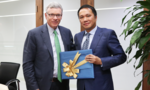 Giám đốc điều hành của Visa thăm và làm việc tại Techcombank