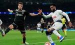 Ajax giành 3 điểm ngay trên sân nhà Tottenham, rộng cửa vào chung kết