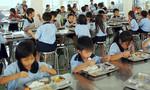 Còn nhiều lỗ hổng để thực phẩm bẩn vào trường học
