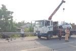 Taxi tông xe máy văng xa nhiều mét, một người tử vong
