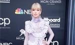 Taylor Swift vẫn đẹp hút hồn dù bị chê mặc sến sẩm trên thảm đỏ