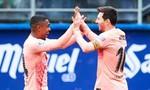 Clip Messi lập cú đúp, chạm tay vào giày vàng