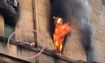 Clip lính cứu hỏa cứu thanh niên ngoài cửa sổ căn hộ đang cháy
