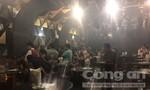 """Hàng chục """"dân chơi"""" phê ma túy trong vũ trường ở Sài Gòn"""
