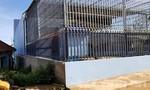 'Trùm' phá rừng thiết kế căn nhà như chiếc lồng sắt khổng lồ