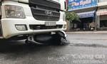 Xe bồn kéo lê 2 cha con hàng chục mét ở Sài Gòn