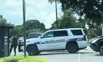Loạt ảnh toàn cảnh vụ xả súng kinh hoàng khiến 12 người chết ở Mỹ