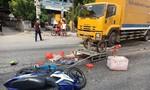 Mưu sinh giữa nắng nóng, cặp vợ chồng trẻ bị xe tải tông nguy kịch