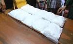 Bắt 2 người Singapore và Việt Nam cùng 10 kg ma túy đá ở Mộc Bài