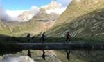 Sau Everest, 'nóc nhà' châu Âu cũng có người tử vong vì... kẹt đường