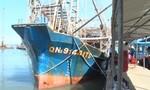 Ngư dân trình báo bị tàu nước ngoài tấn công, cướp 2 tấn mực khô