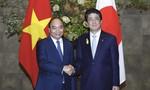 Thủ tướng Nguyễn Xuân Phúc hội đàm với Thủ tướng Nhật Bản Abe Shinzo
