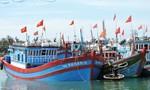 Tàu cá Lý Sơn cứu 32 ngư dân Trung Quốc gặp nạn trên biển