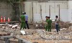 Tháo dỡ nhà xưởng, hai công nhân bị tường đè tử vong
