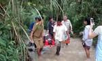 Xe chở 44 du khách Trung Quốc rơi xuống vực, 14 người chết