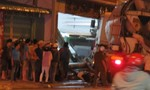 Xe tải tông hàng loạt ô tô và xe máy, tài xế rời khỏi hiện trường