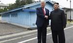 """Trump vẫn """"vững tin"""" với ông Kim dù Triều Tiên thử tên lửa"""