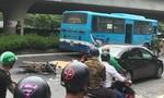 Người đàn ông bị xe buýt cuốn vào gầm, tử nạn thương tâm