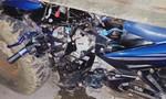 Xe máy nát bét sau cú tông máy cày, một thanh niên thiệt mạng