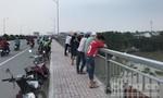 Thanh niên nhảy sông Sài Gòn tự tử, để lại số điện thoại người thân
