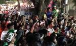 Hàng trăm người xem công an bắt bác sĩ hành hung nữ điều dưỡng