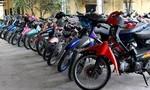Công an phường Phú Thượng tìm chủ sở hữu ô tô, xe máy