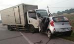Xe tải đối đầu taxi, 2 người tử vong