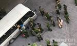 """Đột kích """"động bay lắc"""" trong chung cư Gold View ở Sài Gòn"""