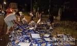 Giữa đêm giao thừa, người dân gom bia giúp anh tài xế tội nghiệp