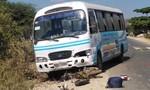 Chở con lao ra quốc lộ, người phụ nữ bị xe buýt cán tử vong