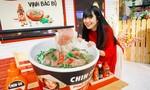 Hình ảnh hot girl Mắt Biếc check-in tại Góc Phố Xuân CHIN-SU 2020