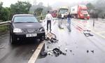 Bốn ô tô tông nhau trên cao tốc, 2 người bị thương