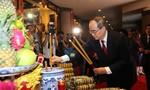 TPHCM dâng cúng bánh tét lên Quốc tổ Hùng Vương
