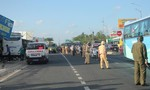 Xe khách tông xe máy tại Trạm thu phí BOT, 1 người tử vong