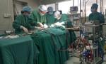 Cô gái 18 tuổi bị bít đường thở do di chứng bệnh lao hiếm gặp