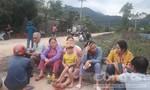 Cứu hộ tại Rào Trăng: Người dân xã Phong Xuân đổ ra đường ngóng chờ tin tức