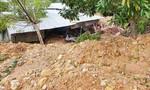 Quảng Nam: Sạt lở đất đá gây sụp đổ nhà dân