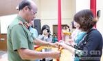 Phụ nữ Công an TPHCM: Quyên góp hơn 30 triệu ủng hộ miền Trung