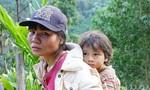 Người mẹ ở Trà Leng đứt từng khúc ruột khi 3 con đang mất tích