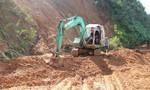 Tiếp cận ngôi làng ở huyện Bắc Trà My có 80 hộ dân bị cô lập