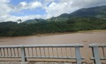 20 cano chạy trên 2 sông tìm nạn nhân ở Trà Leng mất tích