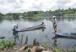 Bức xúc trước kiểu đánh bắt tận diệt thủy sản ở Sài Gòn