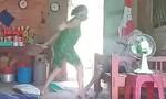 Đề nghị truy tố người phụ nữ đánh đập, hành hạ mẹ già 80 tuổi