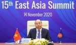 Thủ tướng chủ trì Hội nghị Cấp cao Đông Á: Chuyển đối đầu thành hợp tác
