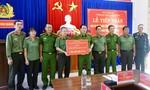 Bộ Công an trao kinh phí hỗ trợ khắc phục hậu quả thiên tai tại Quảng Nam